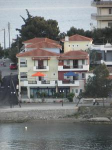 Vasilis Apartments