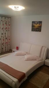 Apartament Carmen, Apartmány  Piatra Neamţ - big - 38