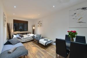 Great Location in London for Business City People!
