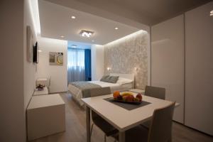 Apartments Lovret Flowers