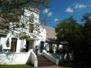 Constantia Guest Lodge