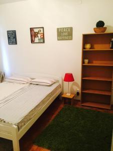 Cricket apartment