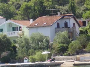 Apartments Tonka Grebaštica