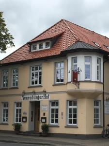 Hotel Neuenburger Hof