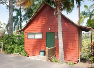 #20 Korora Palms Executive Spa Bure