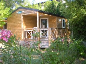 Eco-Lodge Lou Panta�