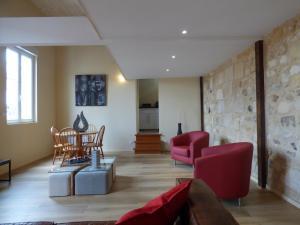 Comfortable Duplex Bordeaux