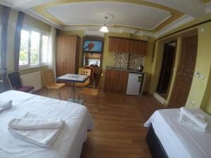 Arat Apartments, Апарт-отели  Стамбул - big - 69