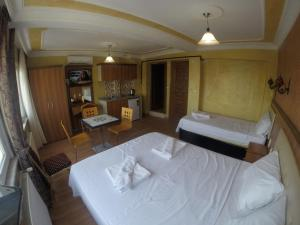 Arat Apartments, Апарт-отели  Стамбул - big - 55