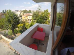 Arat Apartments, Апарт-отели  Стамбул - big - 8