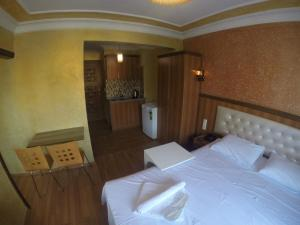 Arat Apartments, Апарт-отели  Стамбул - big - 105