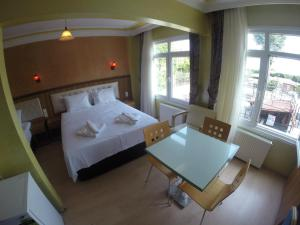 Arat Apartments, Апарт-отели  Стамбул - big - 101