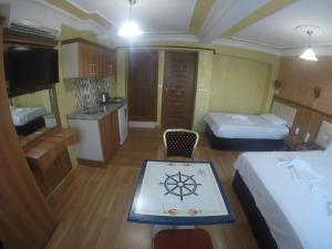 Arat Apartments, Апарт-отели  Стамбул - big - 78
