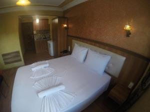 Arat Apartments, Апарт-отели  Стамбул - big - 73