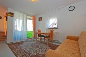Private Apartment Elisabeth-Granier-Hof (2850)