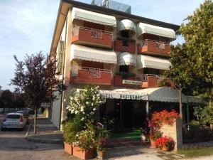 Hotel Residence Nuovo Regina