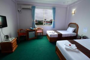 Hotel Glory