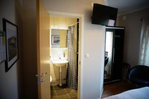 Lokus Hotell, Hotels  Lysekil - big - 8