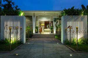 Lynnaya Luxury Resort