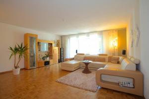Private Apartment Max-Born-Weg (3595)