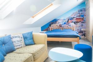 Studio Apartment Blue - фото 9