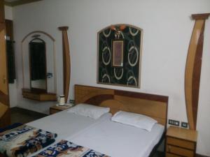 미나르 호텔 (Minar Hotel)