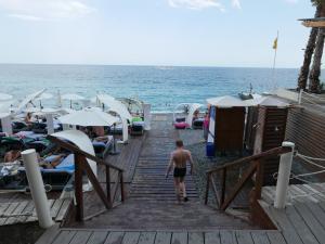 Lotos at Sea, Hotel  Yalta - big - 12