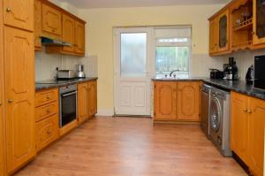 Apartment 209 – Clifden, Appartamenti  Clifden - big - 4