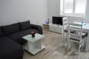 (Filipche Apartment)