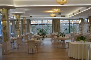 Hotel Slamený dom, Hotely  Košice - big - 57