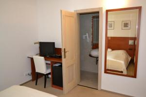 Hotel Slamený dom, Hotely  Košice - big - 6