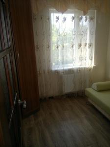 Apartment Gor'kogo 15a, Ferienwohnungen  Yevpatoriya - big - 13