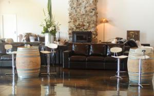 Saladin Lodge, Отели типа «постель и завтрак»  Narbethong - big - 10