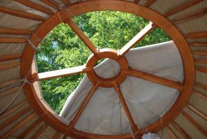 Almond Grove Yurt Hotel, Luxury tents  Ábrahámhegy - big - 49