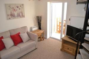 Home Apartments - Purewell Cottage