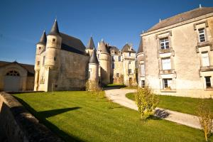 Chateau Celle Guenand