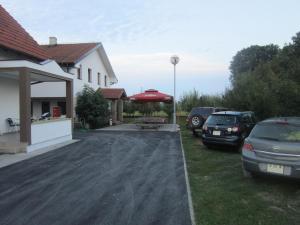 Vinarija Hostel Laktaši - фото 24