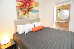 Indulge Apartments Ontario