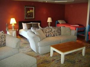 Arrowhead Hotels