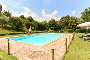 Pool Apartment In Spoleto Countryside