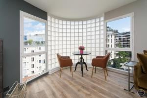 Chic Boulogne Apartment