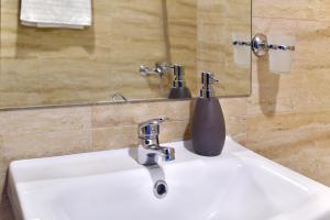 Palas Central Suites, Ferienwohnungen  Iaşi - big - 32