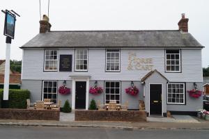 The Horse & Cart Inn