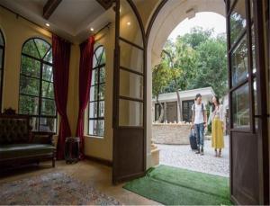 Dalian Xinghai Xiangshui Apartment