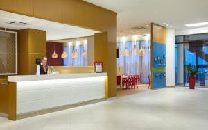 Отель Hampton by Hilton ExpoForum - фото 16