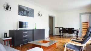 Apartment Rue de Ponthieu - Paris 8