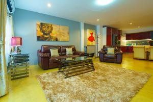 Luxury Town House in the Heart of the Old City