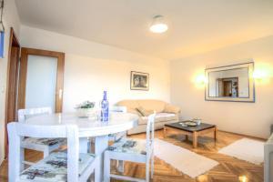 Asko Apartment, Ferienwohnungen  Novi Sad - big - 8