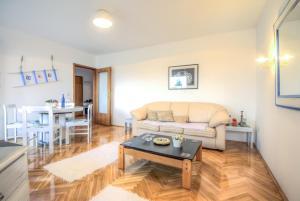 Asko Apartment, Ferienwohnungen  Novi Sad - big - 3
