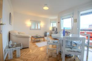Asko Apartment, Ferienwohnungen  Novi Sad - big - 2